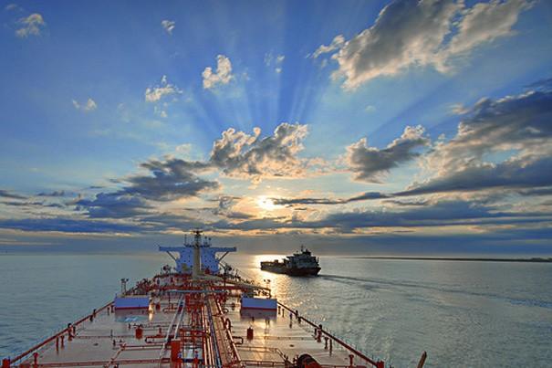 "Seafarers ""happy with life at sea"""