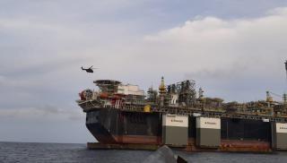 1 Dies, 5 Fall Ill on board Heavy Lift Vessel off Durban