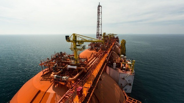 Floating Terminal Boosts LNG Bunkering in Italy
